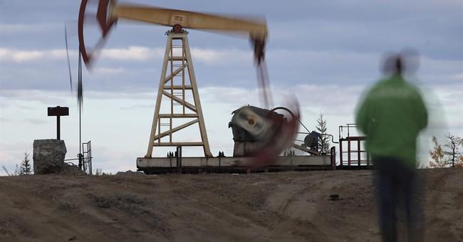 Russia, Saudi Arabia back extension of oil output cuts
