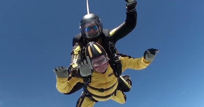 British WWII veteran, 101, breaks skydiving record