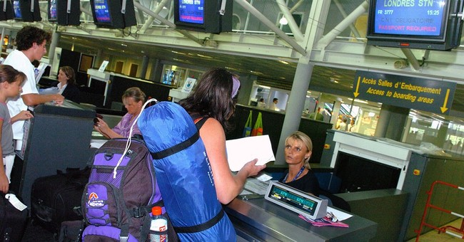 Talks on airplane laptop ban end with no ban, more talks