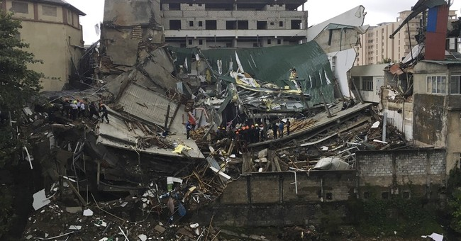 Building collapse in Sri Lanka's capital injures 19