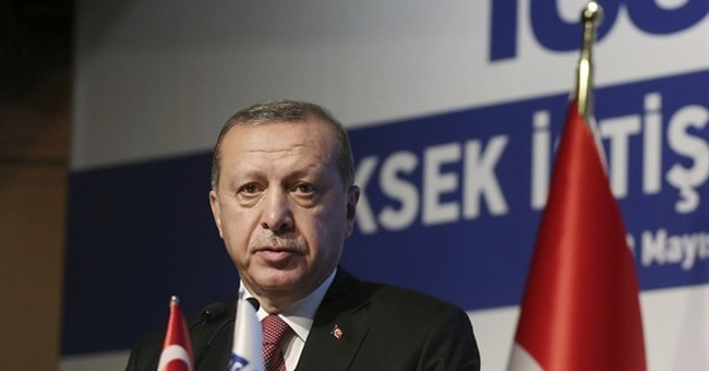 The Latest: Germany meets with detained journalist in Turkey