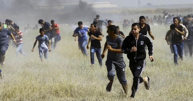 Officials: Palestinians injured during rallies for prisoners
