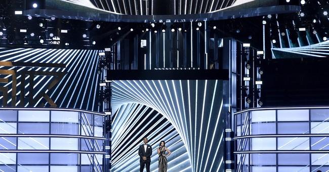 Cher, 71, rocks Billboard Music Awards