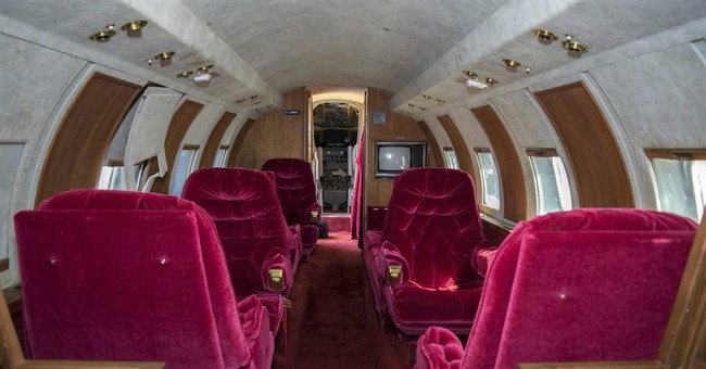 Elvis and red velvet boost value of jet up for auction