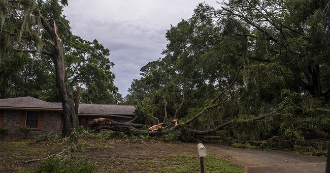 Flood fears spread to Carolinas as rain pounds the South