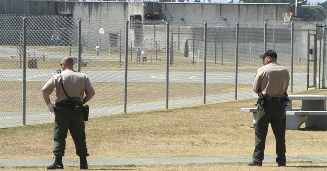 8 California guards, 7 inmates sent to hospital after brawl