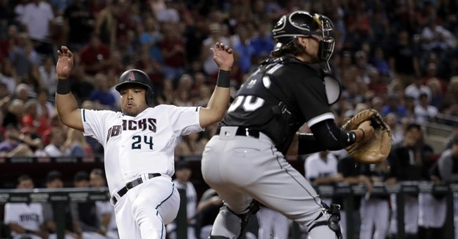 Hoover shuts down White Sox rally, Arizona wins 5-4