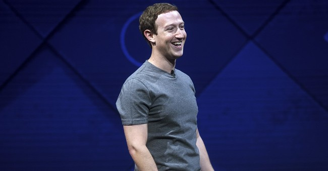 Facebook CEO Mark Zuckerberg finally gets his Harvard degree