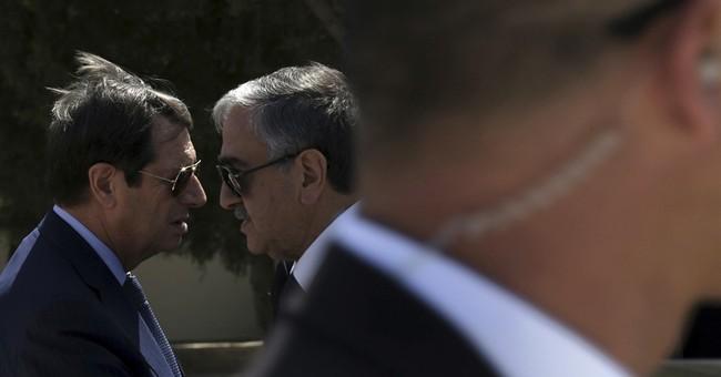 UN envoy calls off Cyprus talks, no deal on peace summit