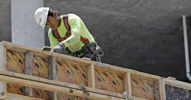 U.S. economy grows at tepid 1.2%; business spending softens