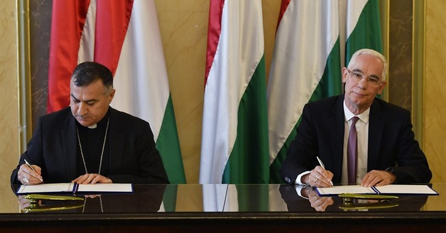 Hungary signs accord with archbishop to support Iraqi clinic