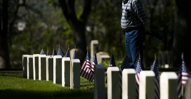 Memorial Day parades, ceremonies honor fallen military