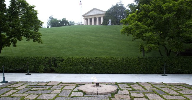 The Latest: Americans turn out by 1000s to remember JFK