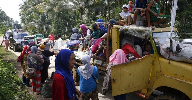 City clash fuels fear of IS foothold in southern Philippines