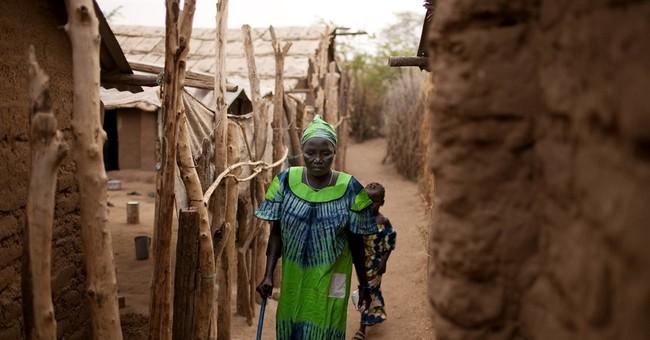UN refugee agency cites 5 for fraud, threats at Kenya camp