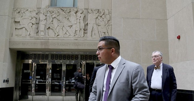 5 potential jurors advance at Minnesota officer's trial