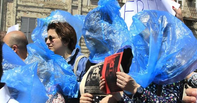 Lawyer: Azerbaijani journalist abducted in Georgia