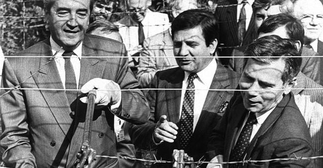 Ex-Austrian minister who helped tear down Iron Curtain dies