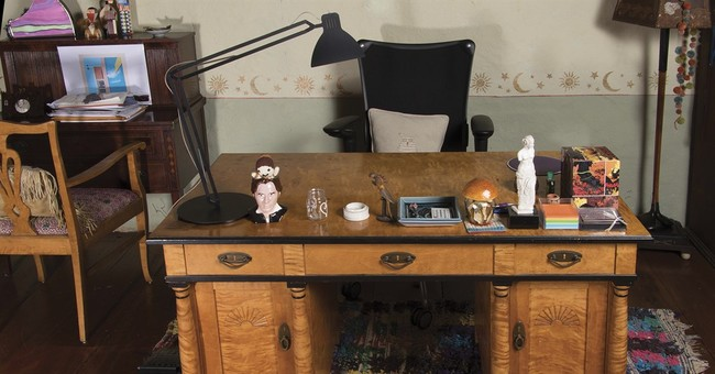 Reynolds, Fisher collectibles up for auction, home for sale
