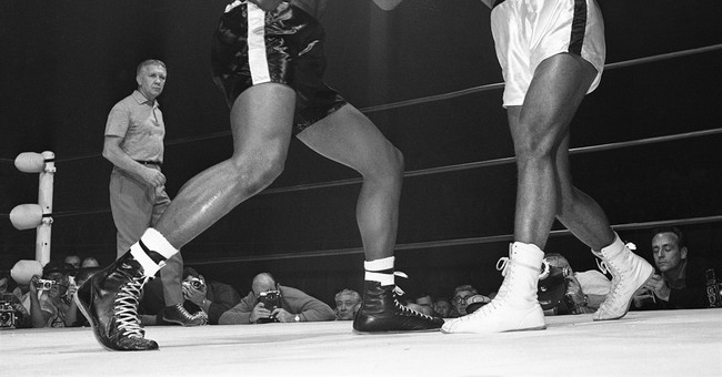 How many punches did Ali take? New book counts them all.