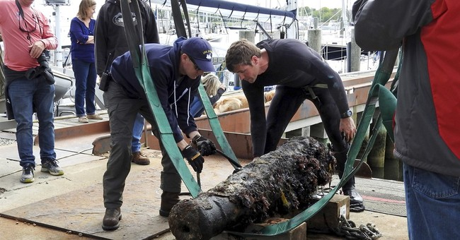 US Navy recovers cannon to identify 200-year-old shipwreck