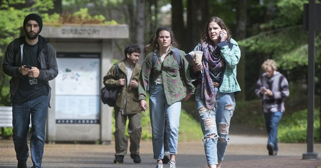 Classes resume after threats at Washington state college