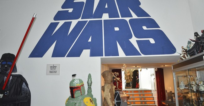 Collector charged in theft of Star Wars items in California