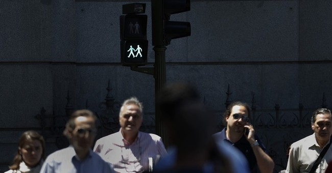 Madrid green-lights traffic signals with women, gay couples