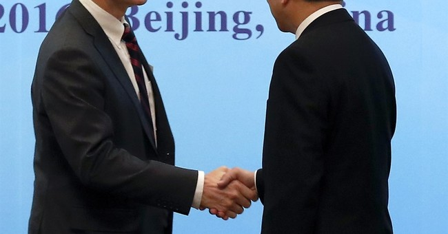 Top-ranking US diplomat in China resigns