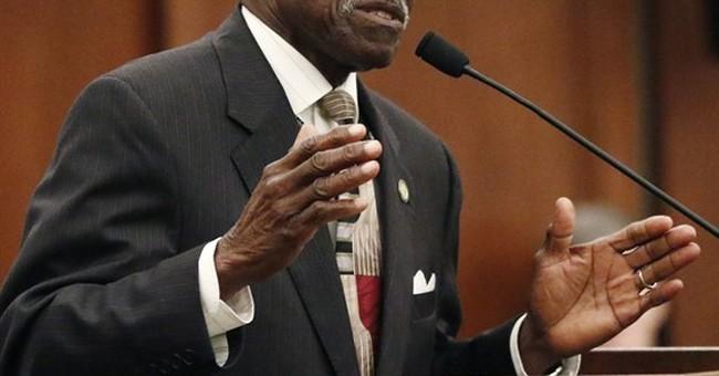 Black lawmakers condemn white colleague's lynch remark