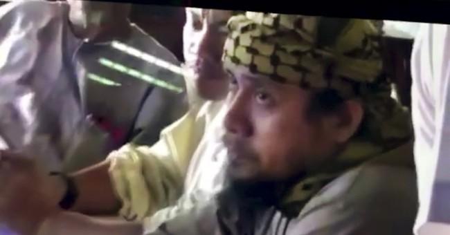 AP Exclusive: Video shows militants in Philippine siege plot