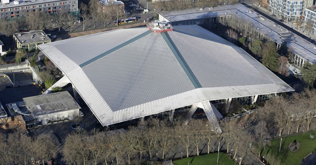 Seattle selects influential investor for KeyArena renovation