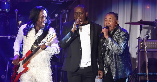 Earth, Wind & Fire take to the road with hits _ and sadness