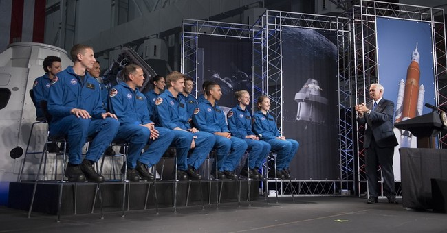 NASA picks 12 new astronauts from crush of applicants