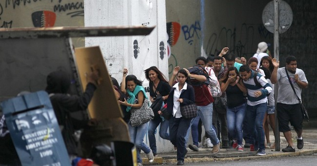 Prosecutor urges Venezuelans to reject constitution rewrite