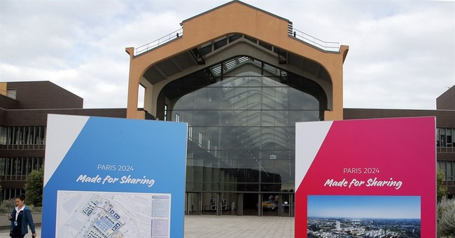 LA, Paris Olympic bids await meeting on 2024-2028 hosting