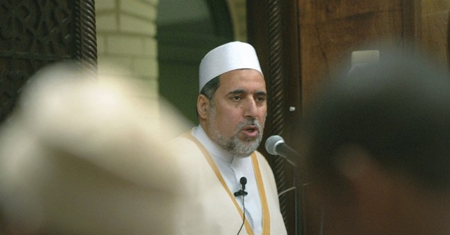 Mosque leader quits after imam's genital mutilation comment