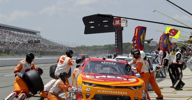 Cup stars call the shots in NASCAR Xfinity race