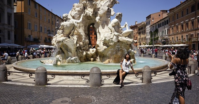 When in Rome don't sit, dip, eat, drink in fountains