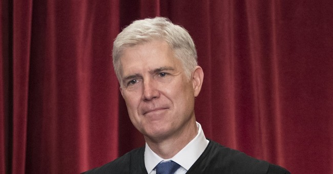 Gorsuch has unanimous first opinion for Supreme Court