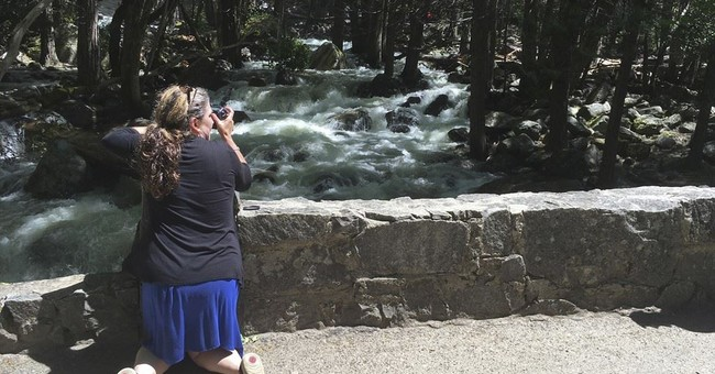 Rivers in US West turn dangerous as days warm, snow thaws