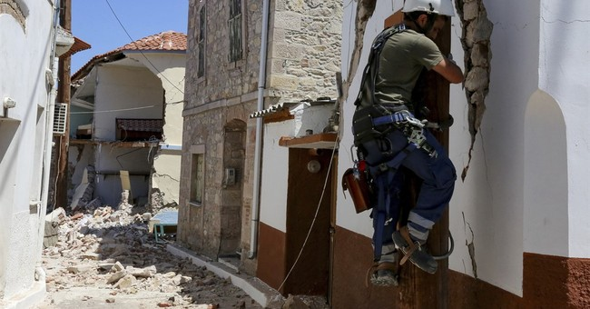 Greece declares state of emergency on quake-hit island