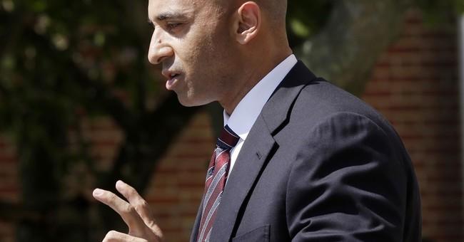 Emirati ambassador: US should rethink its air base in Qatar