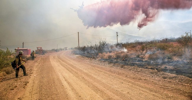Smoke from mountain fire will flow into parts of Flagstaff