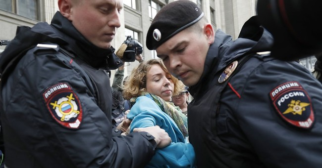 Russian parliament adopts bill on demolition in Moscow