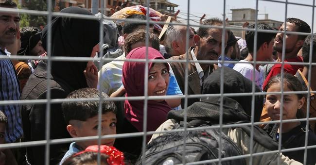 Turkey opens Syrian border crossings for Ramadan visits
