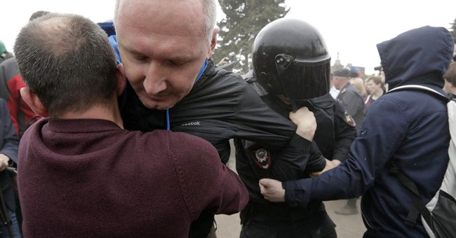 Dozens sent to jail for protest in Russia's St. Petersburg