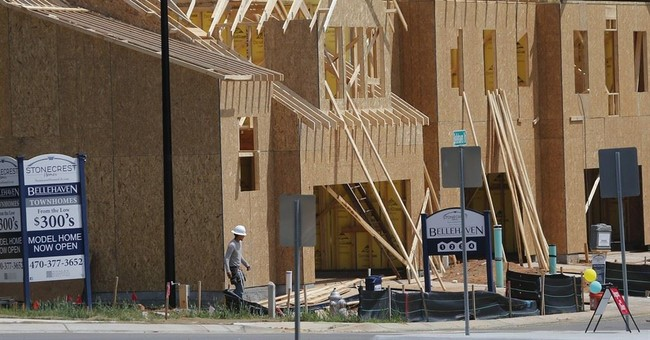 US homebuilder sentiment edges lower in June