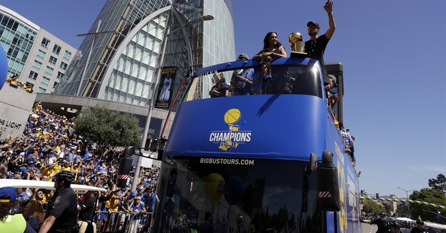 The Latest: Warriors Green makes fun of Cavaliers