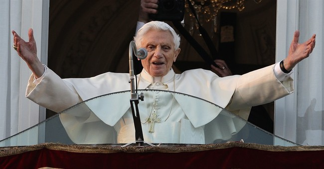 Secretary of 2 popes sheds light on their daily lives